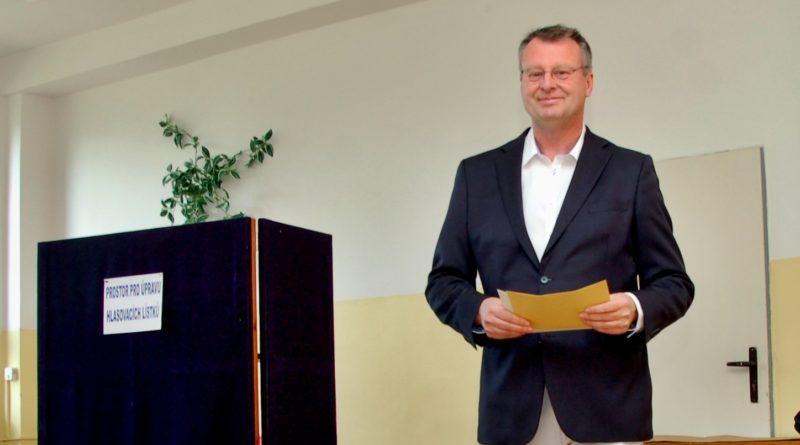 Senátní kandidát strany ANO Igor Karen.