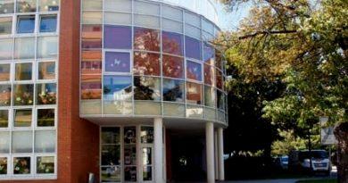 Moderní Městská knihovna ve Štětí oslavila 20. výročí své existence.