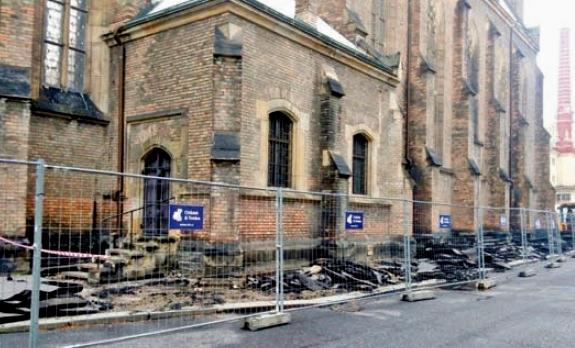 Centrum Kralup nad Vltavou čeká oprava prostranství mezi kostelem a radnicí. Foto: Městský úřad Kralupy nad Vltavou