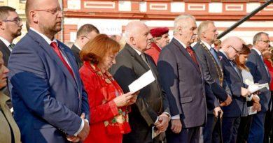 Mezi hosty oslav Dne české státnosti nechyběl prezident republiky Miloš Zeman ani jeho předchůdce Václav Klaus.
