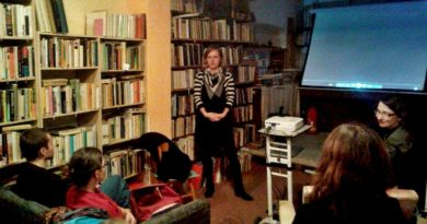 Na programu večera byla i diskuse o přistěhovalectví s jednou ze čtyř protagonistek snímku Zvezdanou Marković.
