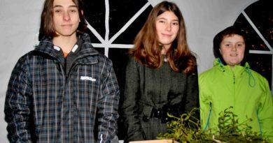 Děti ze žákovského parlamentu vByšicích pomáhají nemocnému spolužákovi