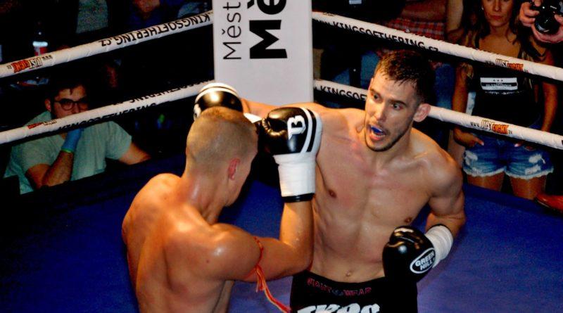 V hlavním utkání večera v Muay Thay se střetli Yevgeniy Kedyarov a Matěj Kubina. Foto - Jiří Janda.