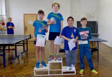 Nejmladší pingpongové naděje se utkaly na Vánočním turnaji