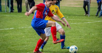 football-2222605_640