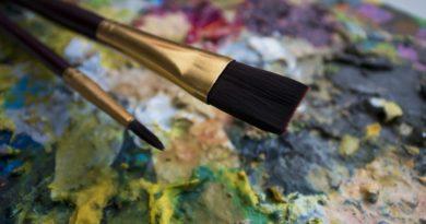 brushes-2539113_1280