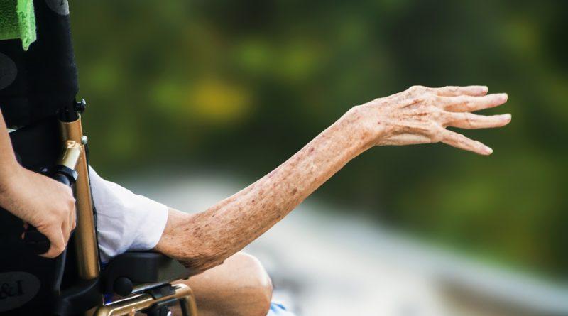 hospice-1794351_1280