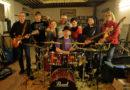 Koncerty na náměstí završí Hudba Praha band