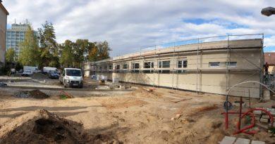 Hrubá stavba nové budovy mělnické dialýzy je hotová