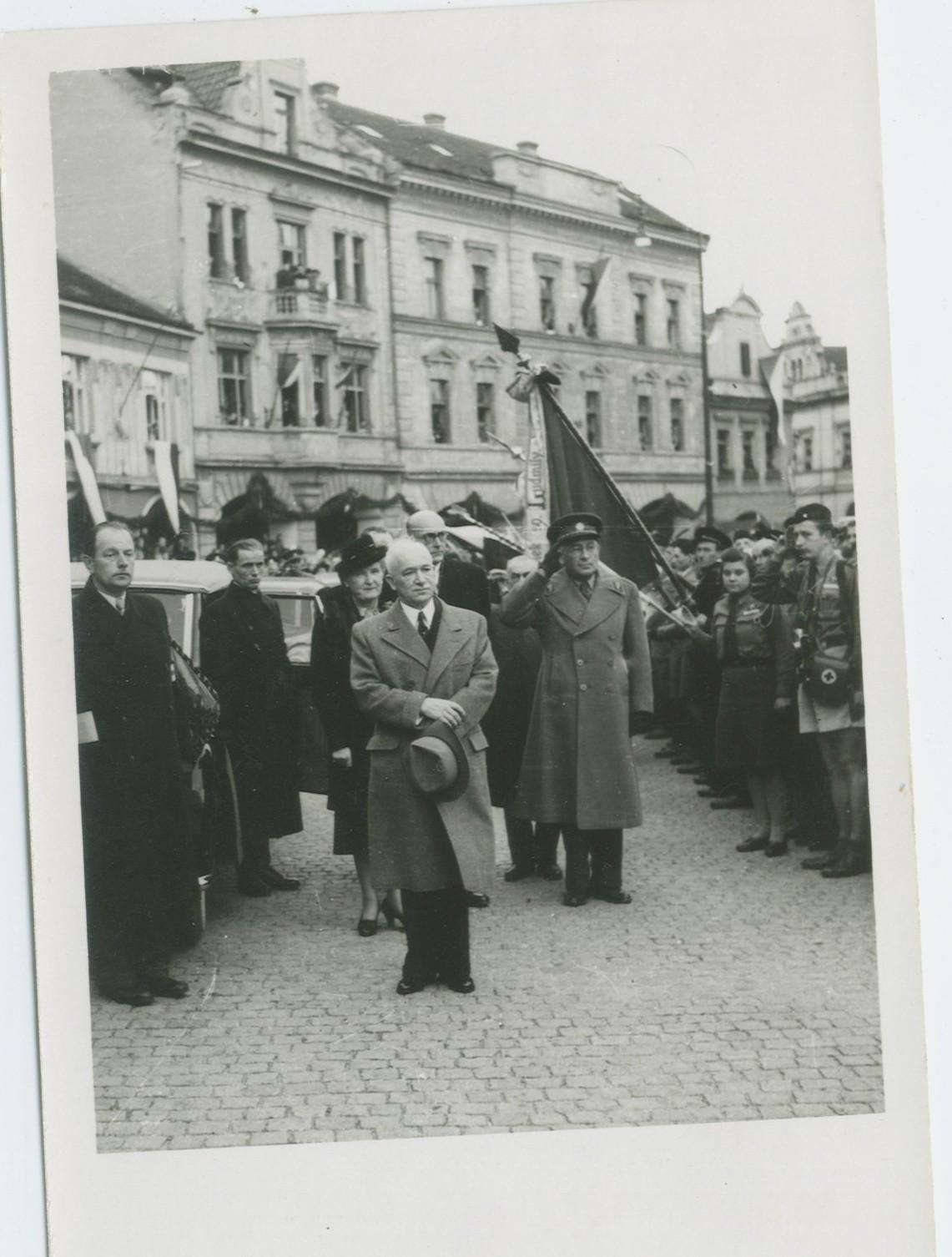 Prezident Beneš na Mělníku v r. 1945
