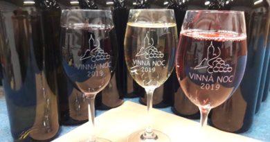 Opět se bude putovat za vínem smělnickými vinaři