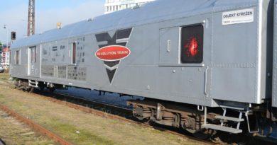 Protidrogový vlak má zastávku i vBrandýse