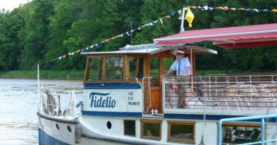 Výletní loď Fidelio vyplouvá