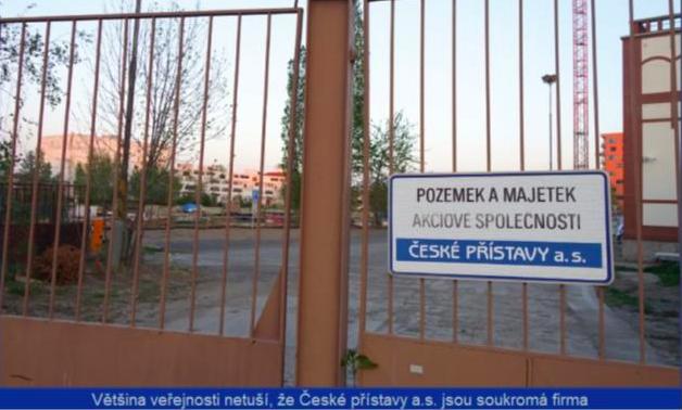 Povodí Vltavy pomáhá likvidovat české přístavy