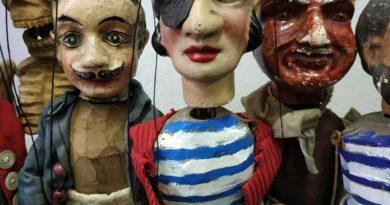Buchty a loutky uvedou klasickou pohádku i hru sprvky hororu