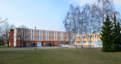 Rada města vyhlašuje konkurz na ředitele dvou základních škol
