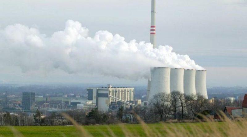 V roce 2019 nejvíce znečišťovaly spalování uhlí a výroba plastů